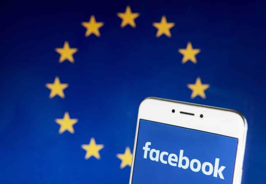 Organismul a declarat pentru Reuters că a început investigații preliminare pentru modul în care ambele companii gestionează datele.